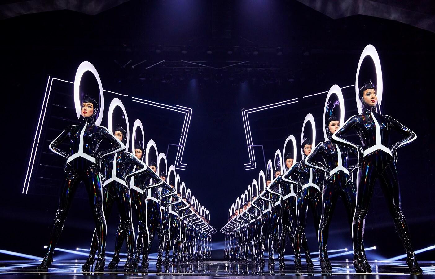 VIVID Grand Show | Kickline